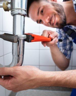 для работников водопроводных сетей и сооружений