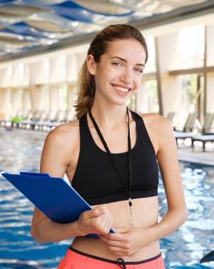 для работников комплексов с водными процедурами (бассейны, аквапарки, SPA-комплексы и т.д.)