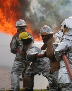 для специалистов по ликвидации природных и техногенных катастроф